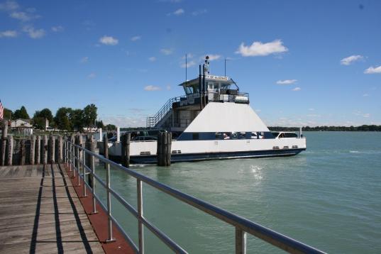 Ferry to Canada in Algonac